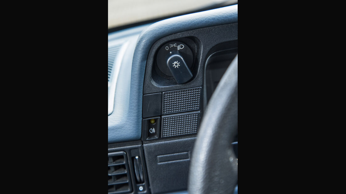 Opel Kadett 1.6i, Bedienelemente