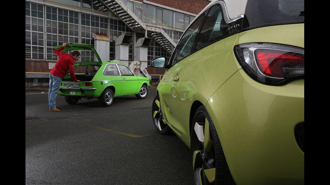 Opel Kadett City 1200, Opel Adam 1.4 Jam, Heckansicht