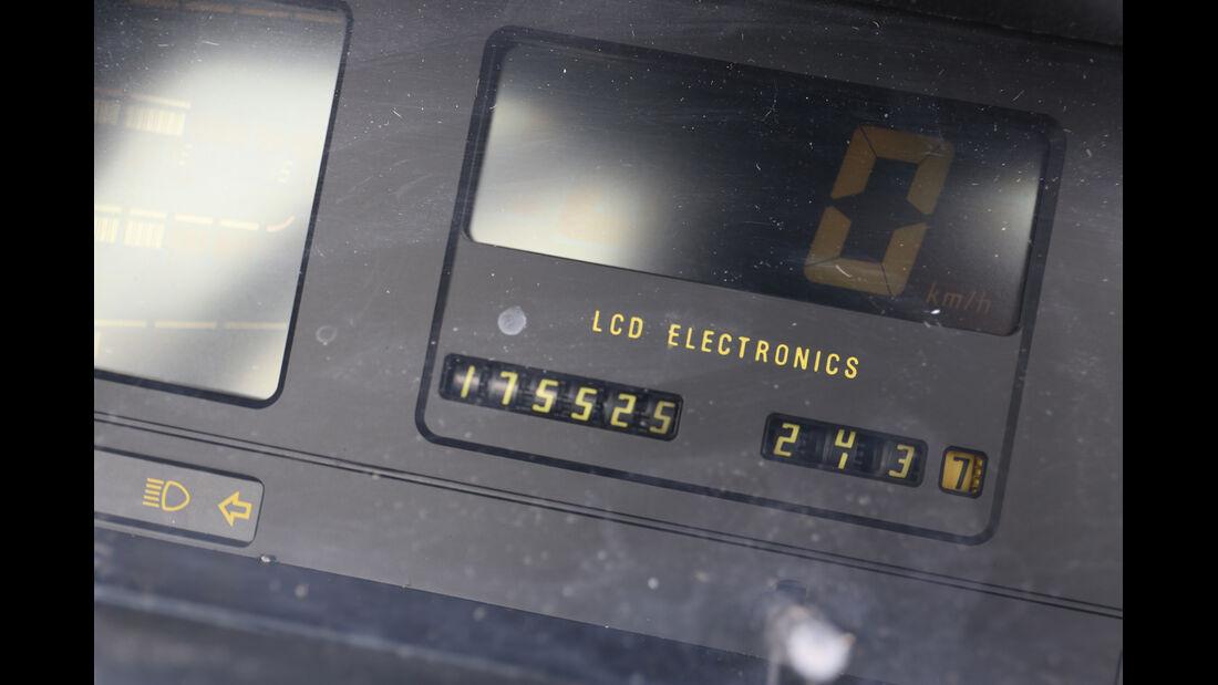 Opel Kadett E 2.0 GSi Cabriolet, Anzeigeinstrument