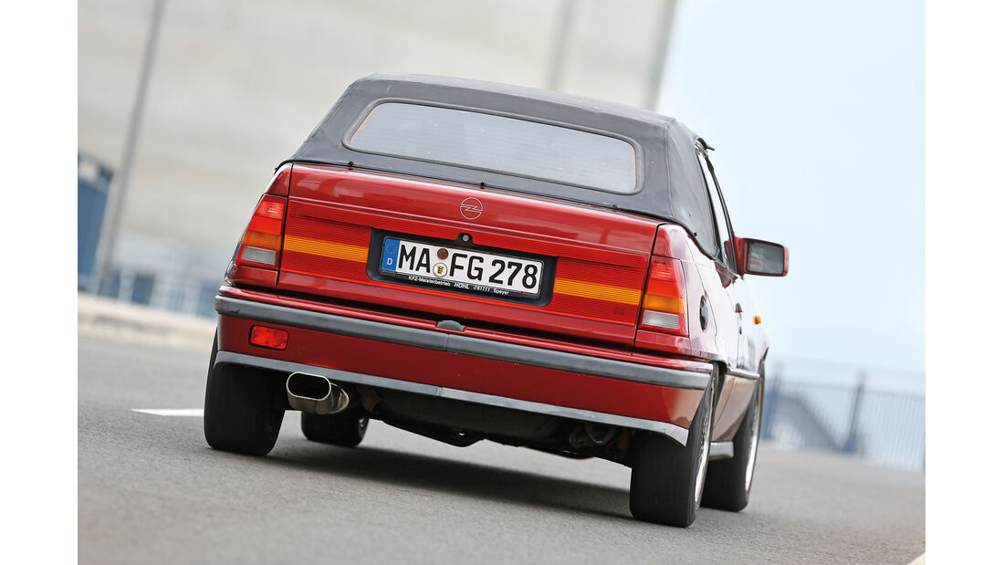 Opel Kadett E 2.0 GSi Cabriolet, Heckansicht