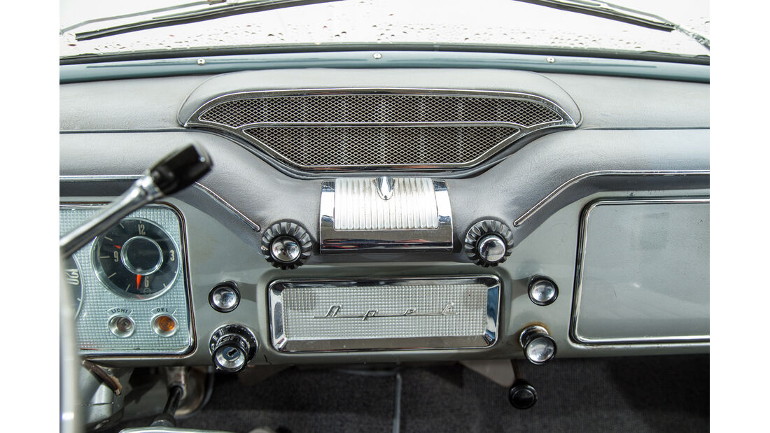 Opel Kapitän, Modell 1956, Radio