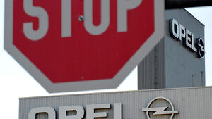 Opel Logo Stopp