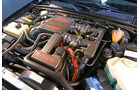 Opel Lotus Omega, Motorraum