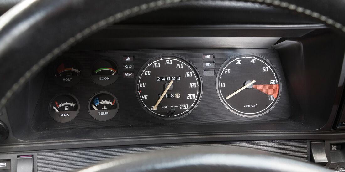 Opel Manta GSi, Rundinstrumente