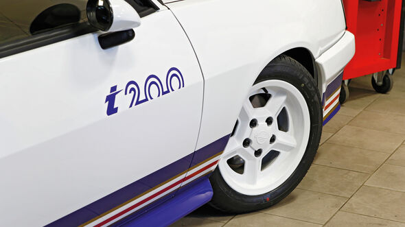 Opel Manta i200, Rad, Felge