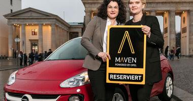 Opel-Marketingchefin Tina Müller (links) und Julia Steyn, Vice President Urban Mobility and Maven bei GM
