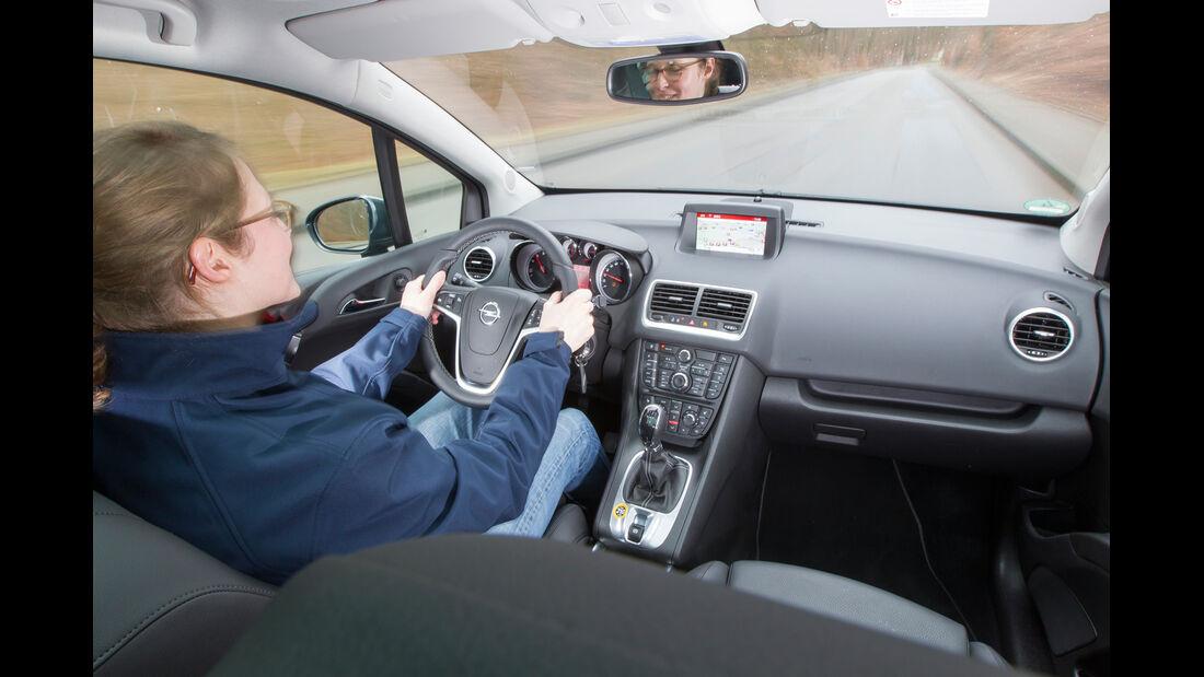 Opel Meriva 1.4 ecoFlex, Cockpit, Fahrersicht