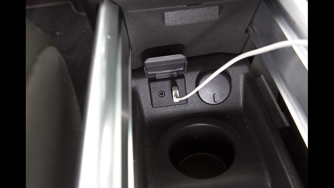 Opel Meriva, USB-Anschluss