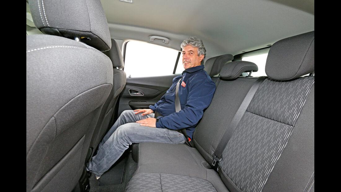 Opel Mokka 1.6 Edition, Rücksitz, Beinfreiheit