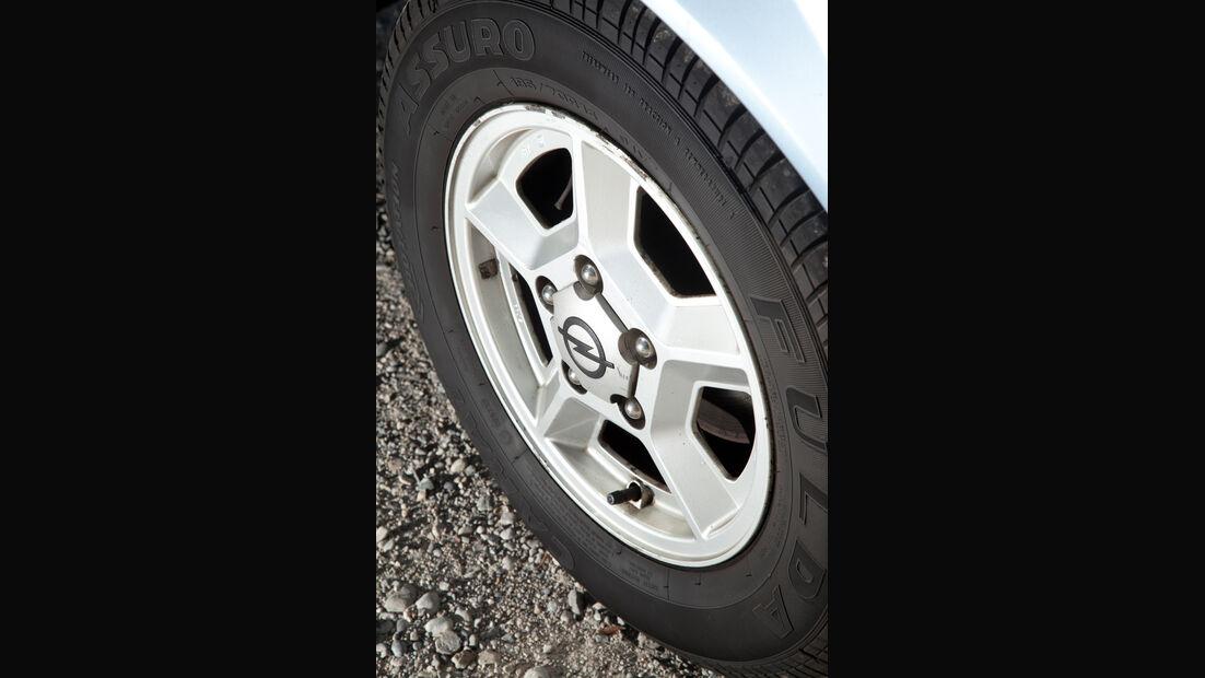 Opel Monza 3.0 E, Rad, Felge