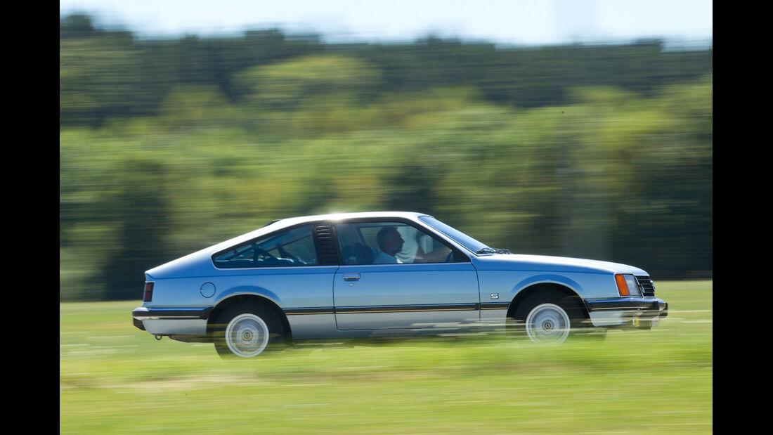Opel Monza 3.0 E, Seitenansicht