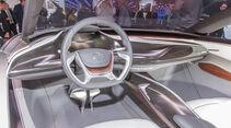 Opel Monza Concept, Sitzprobe
