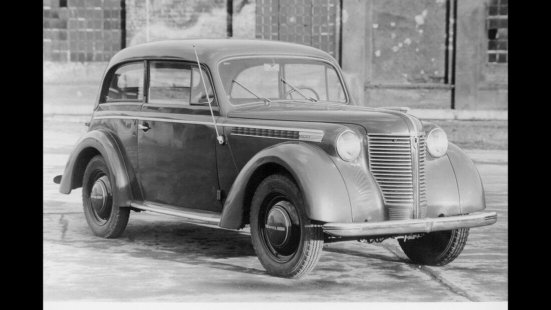 Opel Olympia Limousine, 1947