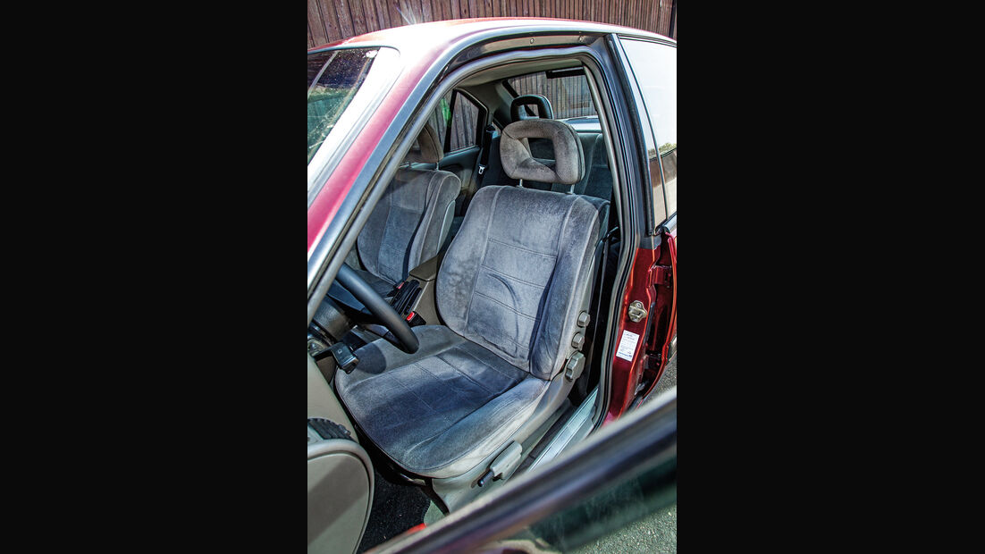 Opel Omega 2.6i CD Diamant, Fahrersitz
