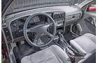 Opel Omega A, Cockpit