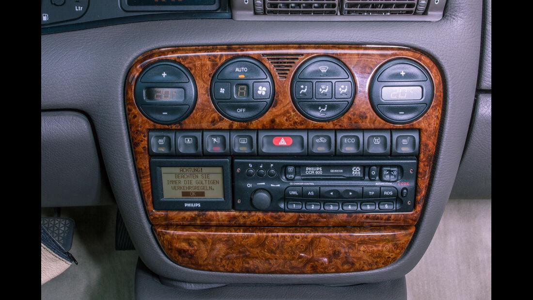 Opel Omega B Mv6, Mittelkonsole