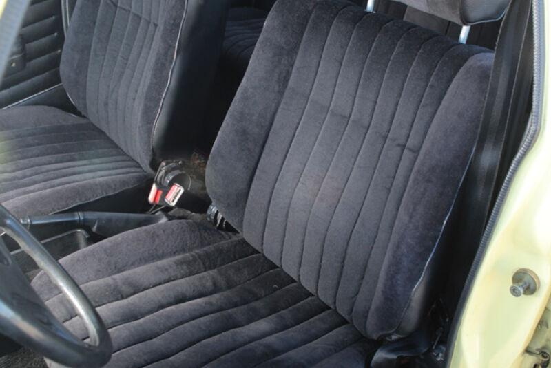 Opel Record 2000 Berlina, Fahrersitz