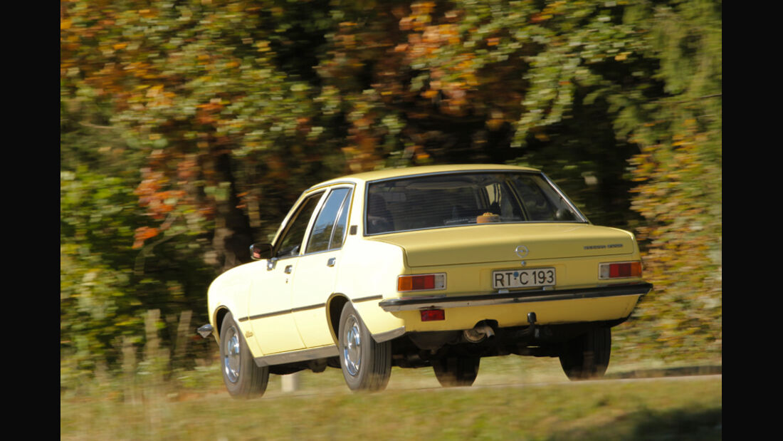 Opel Record 2000 Berlina, Heck