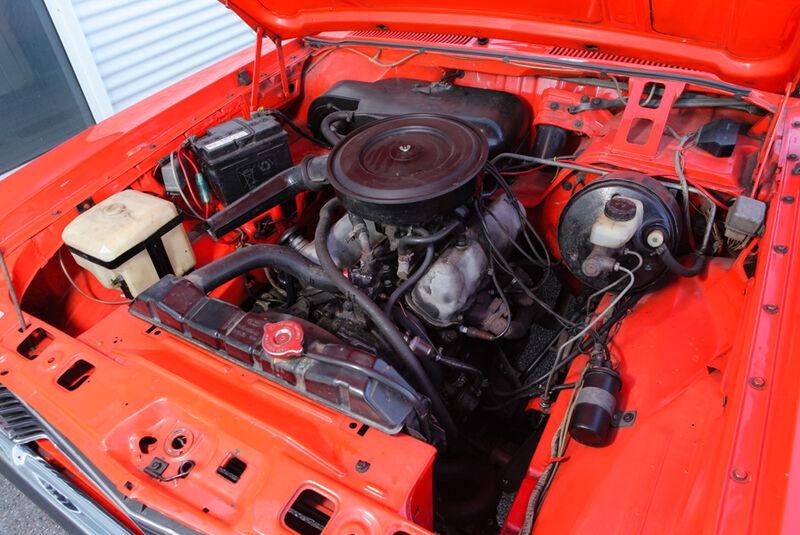 Opel Record 2000 Berlina, Motor