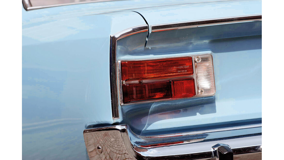 Opel Rekord 1900 L, Rückleuchte