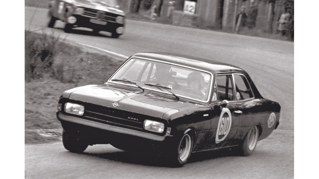 Opel Rekord C, Schwarze Witwe, Rennszene, Hockenheim
