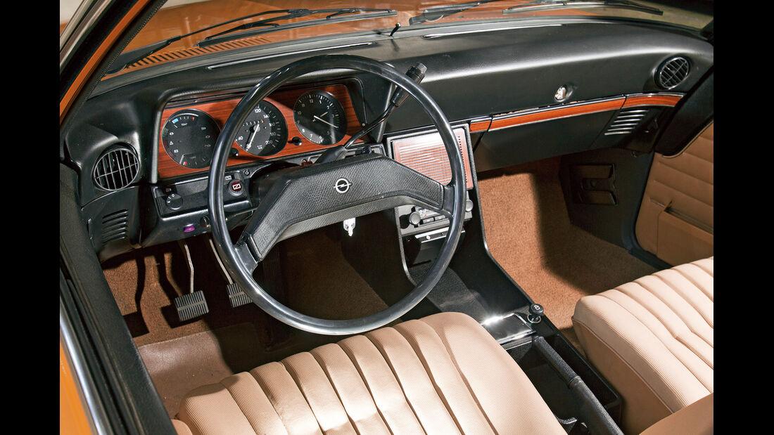 Opel Rekord, Cockpit, Lenkrad