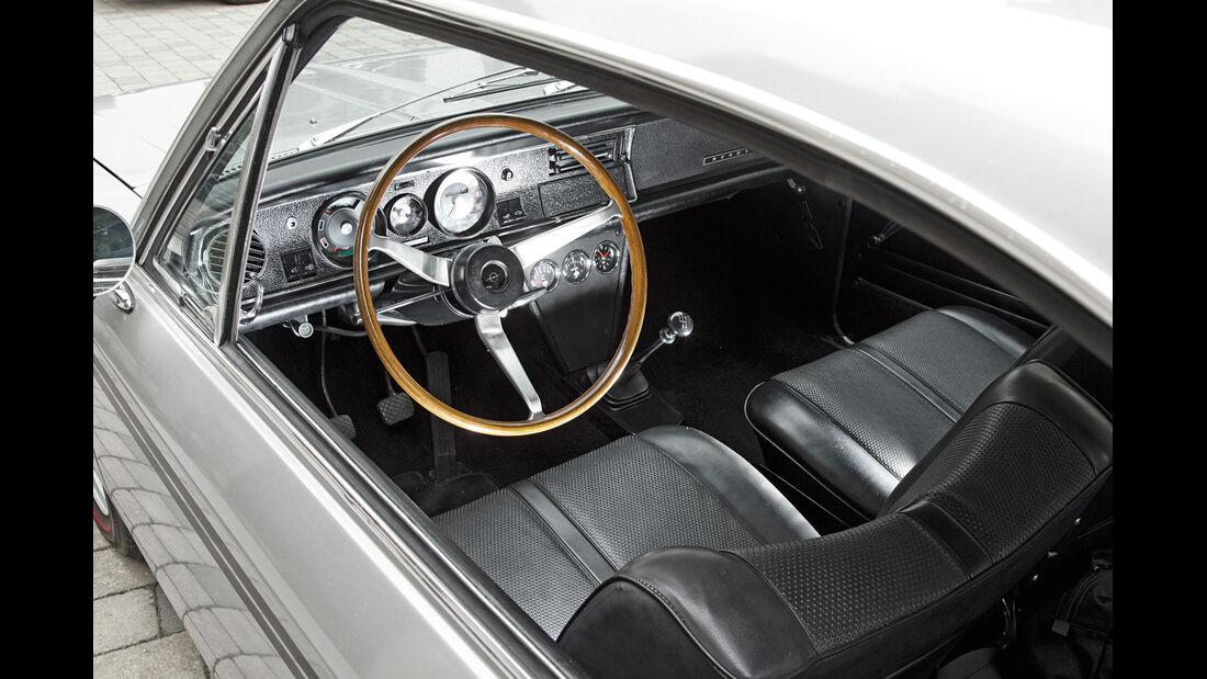 Opel Rekord Sprint, Cockpit, Lenkrad