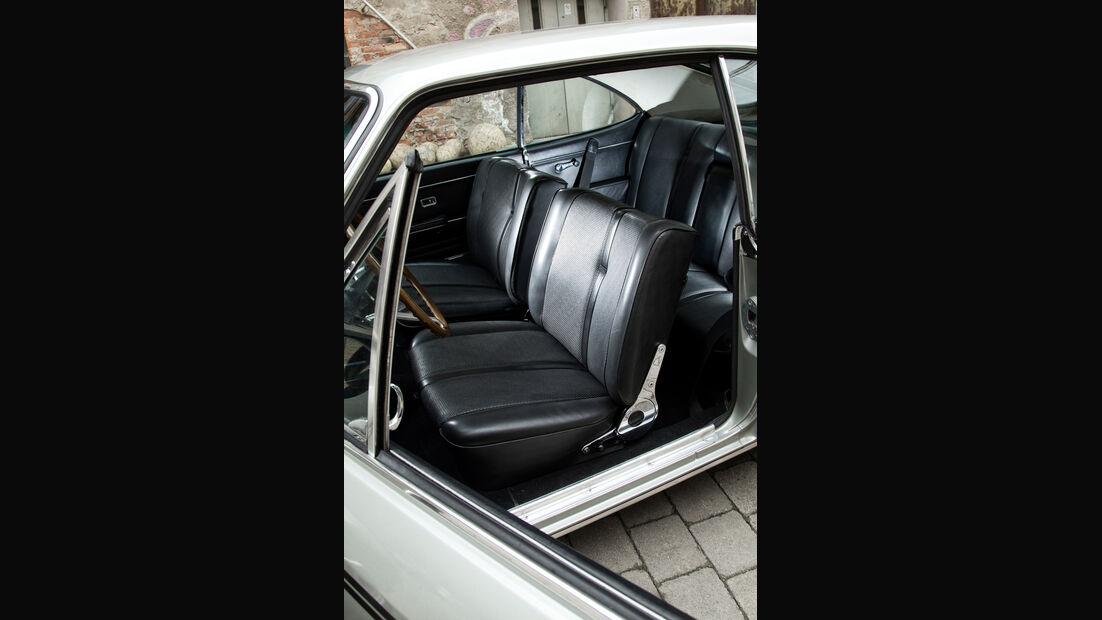 Opel Rekord Sprint, Fahrersitz