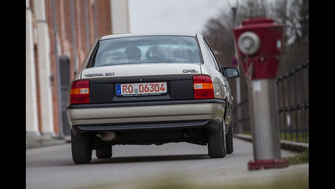 Opel Vectra 2.0i, Heckansicht