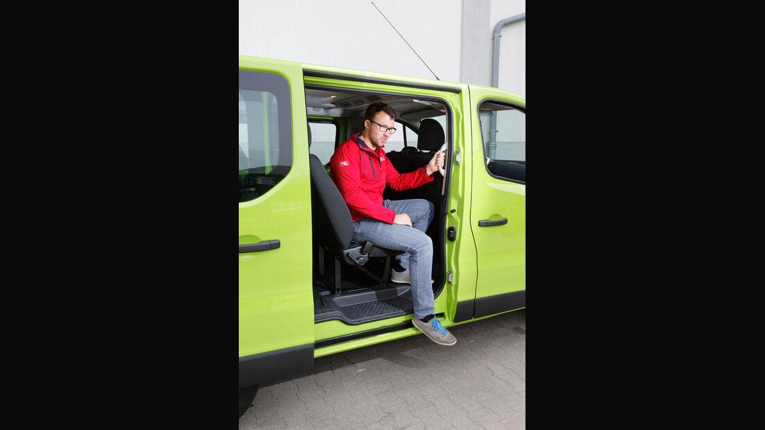 Opel Vivaro Combi L1H1 1.6 CDTI Biturbo 2.7t, Schiebetür, Aussteigen