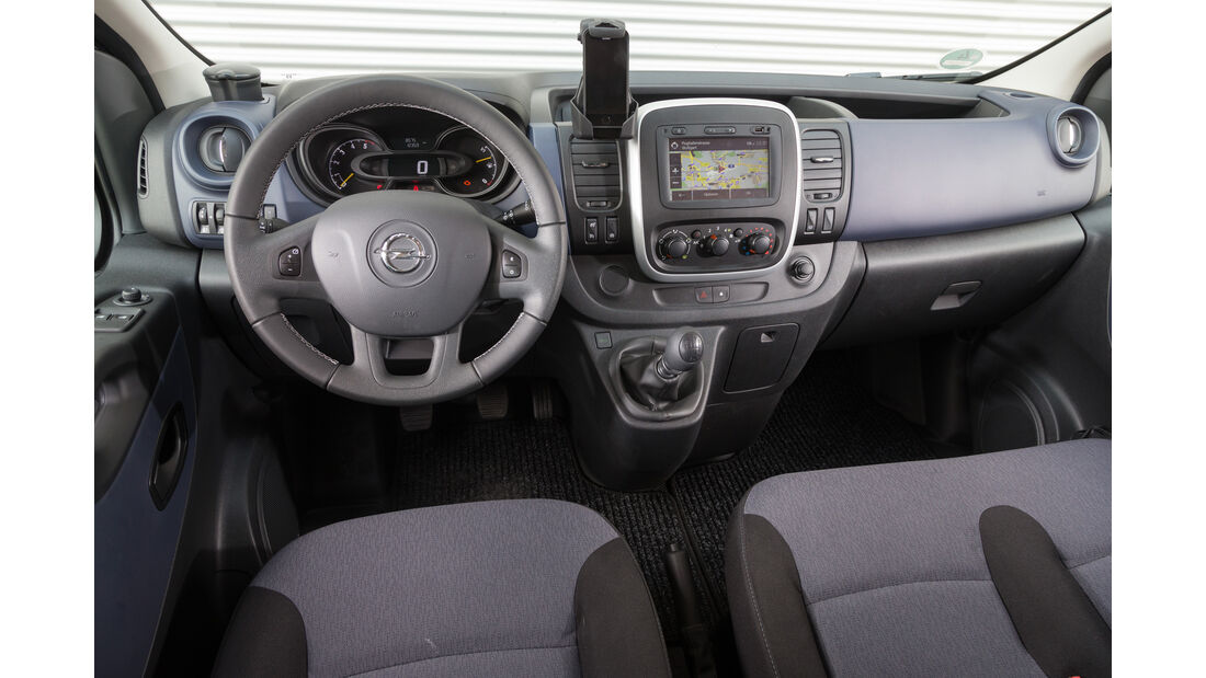 Opel Vivaro Combi L1H1 1.6 CDTI Biturbo, Cockpit