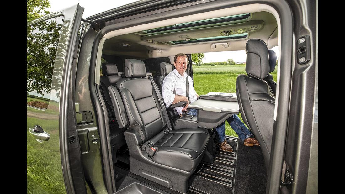 Opel Zafira Life, Interieur