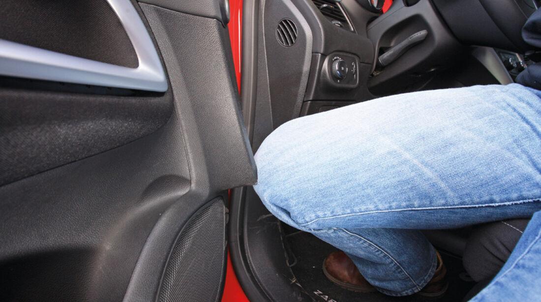 Opel Zafira Tourer 1.4 Turbo, Türverkleidung