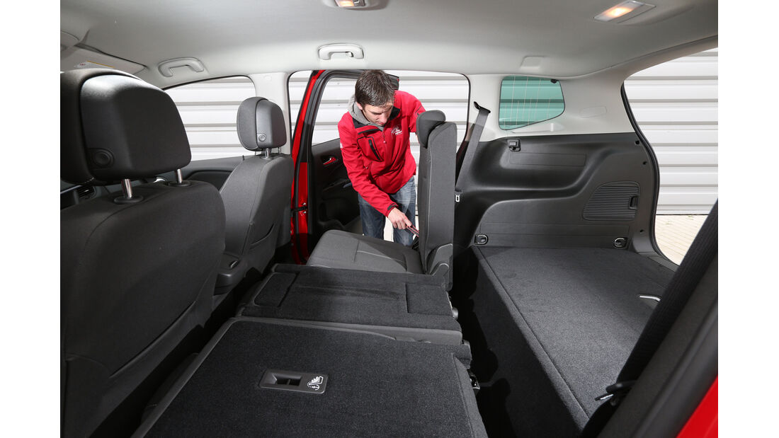 Opel Zafira Tourer 1.6 CDTI, Sitze umklappen
