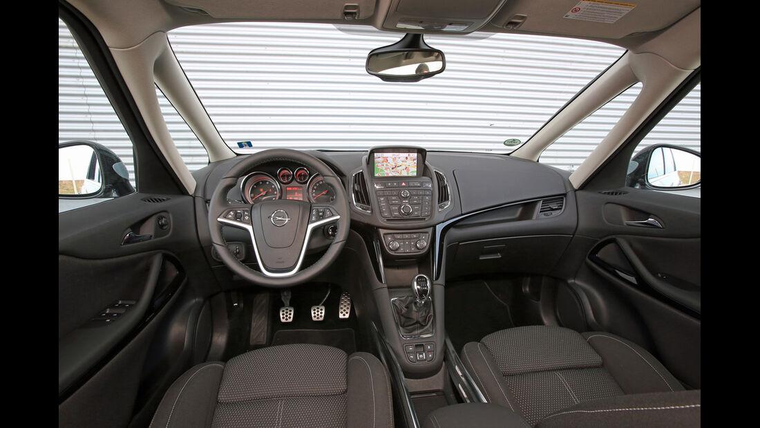 Opel Zafira Tourer 2.0 Biturbo CDTi Sport, Cockpit, Lenkrad
