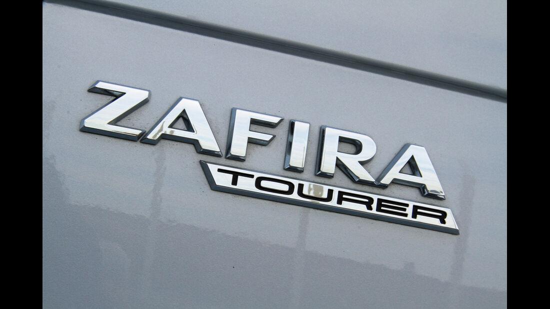 Opel Zafira Tourer 2.0 Biturbo CDTi Sport, Typenbezeichnung