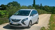Opel Zafira Tourer 2.0 CDTI Biturbo, Frontansicht