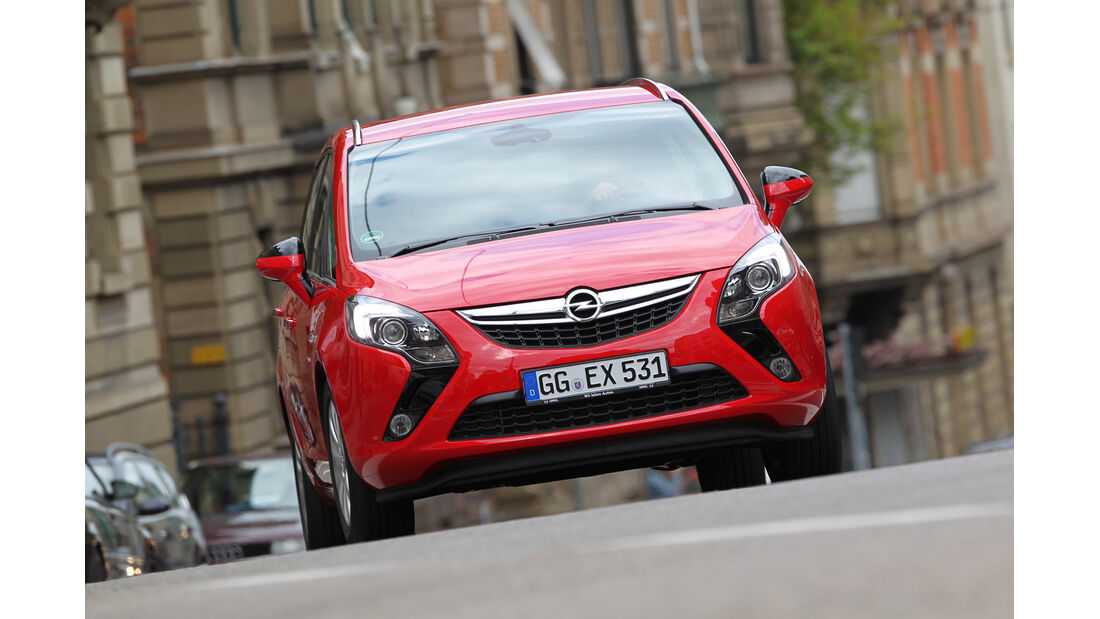 Opel Zafira Tourer 2.0 CDTi, Frontansicht
