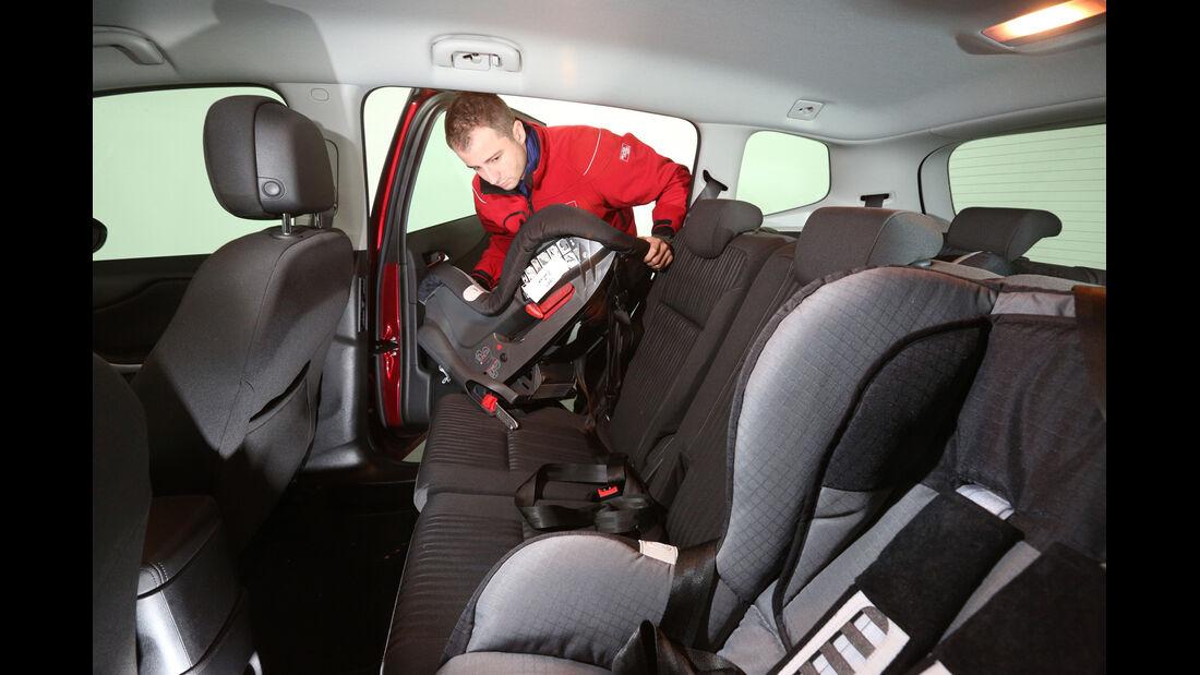 Opel Zafira Tourer, Sitze, Umklappen