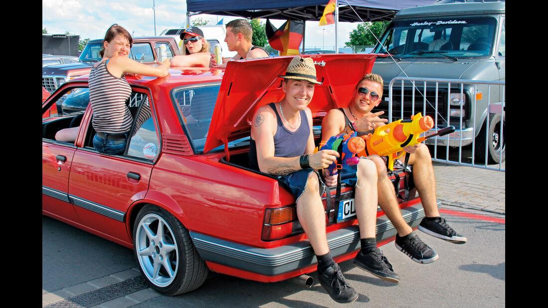 Opeltreffen, Mitfahrer