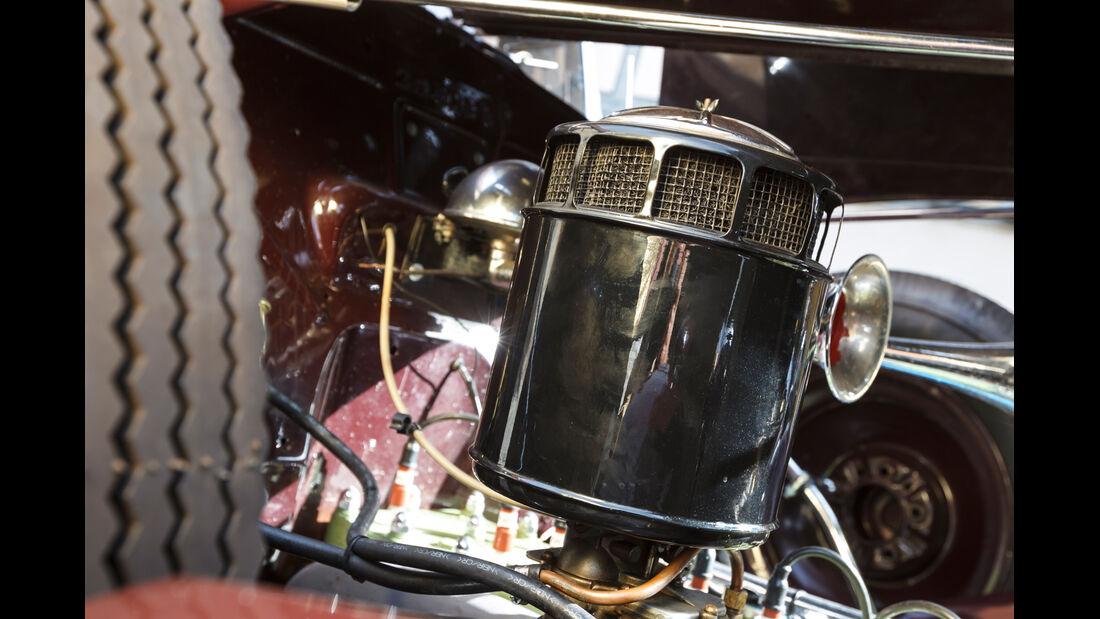 Packard 120 Convertible, Motor, Detail