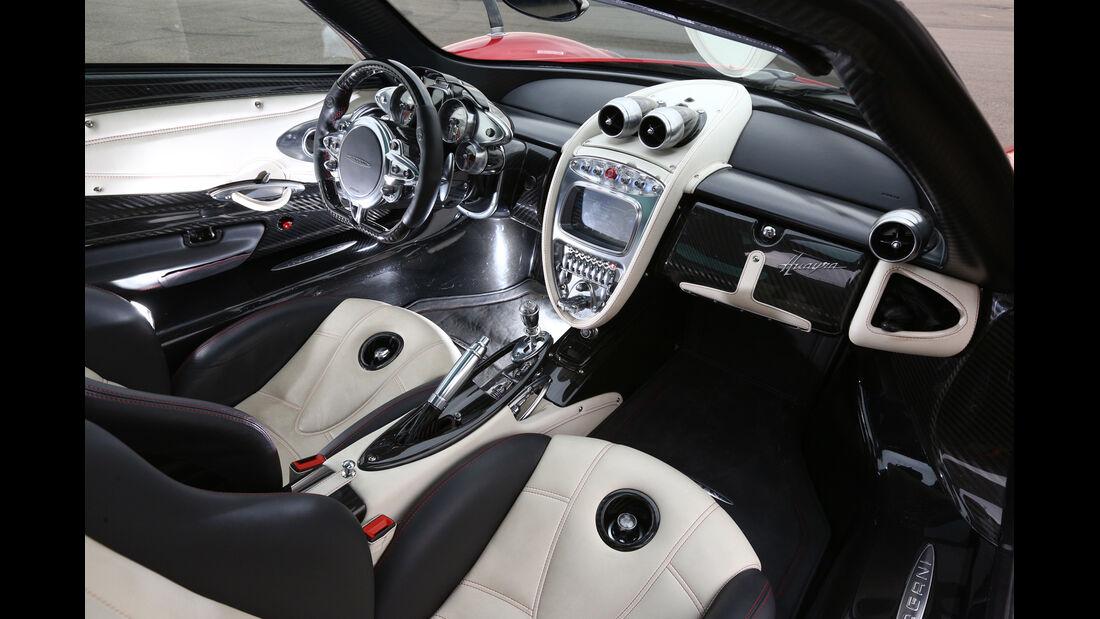 Pagani Huayra, Cockpit, Innenraum