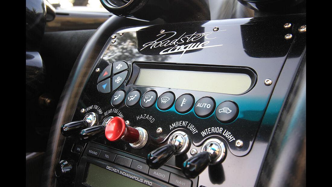 Pagani Zonda Cinque Roadster, Armaturenbrett