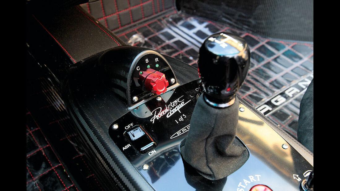 Pagani Zonda Cinque Roadster, Schalthebel