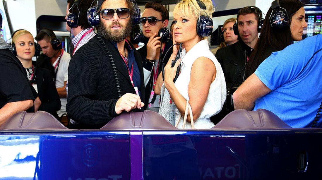 Pamela Anderson - Formel 1 - GP USA - 1. November 2014