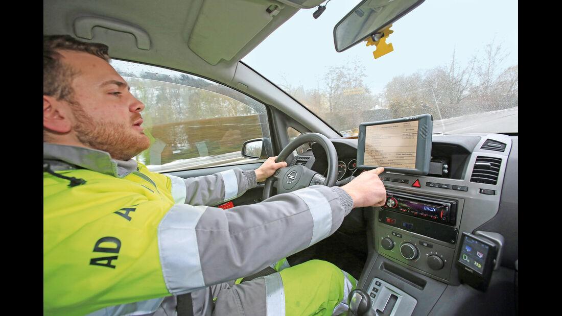 Pannenhilfe, Kai Maier, Cockpit
