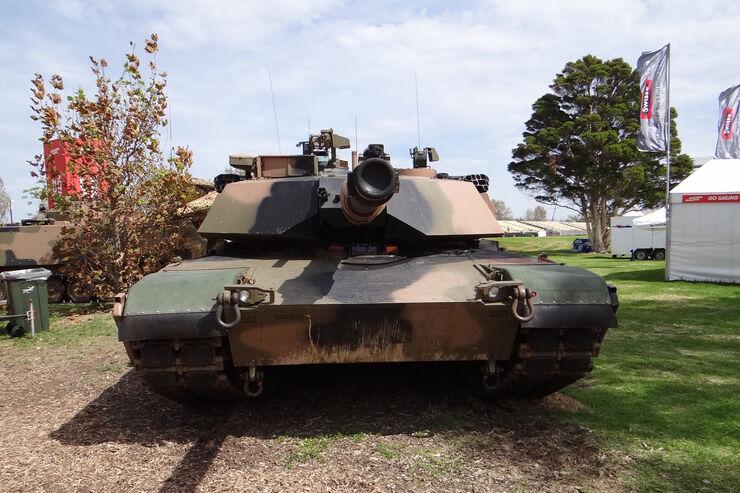 Panzer - Impressionen - GP Australien - 14. März 2012