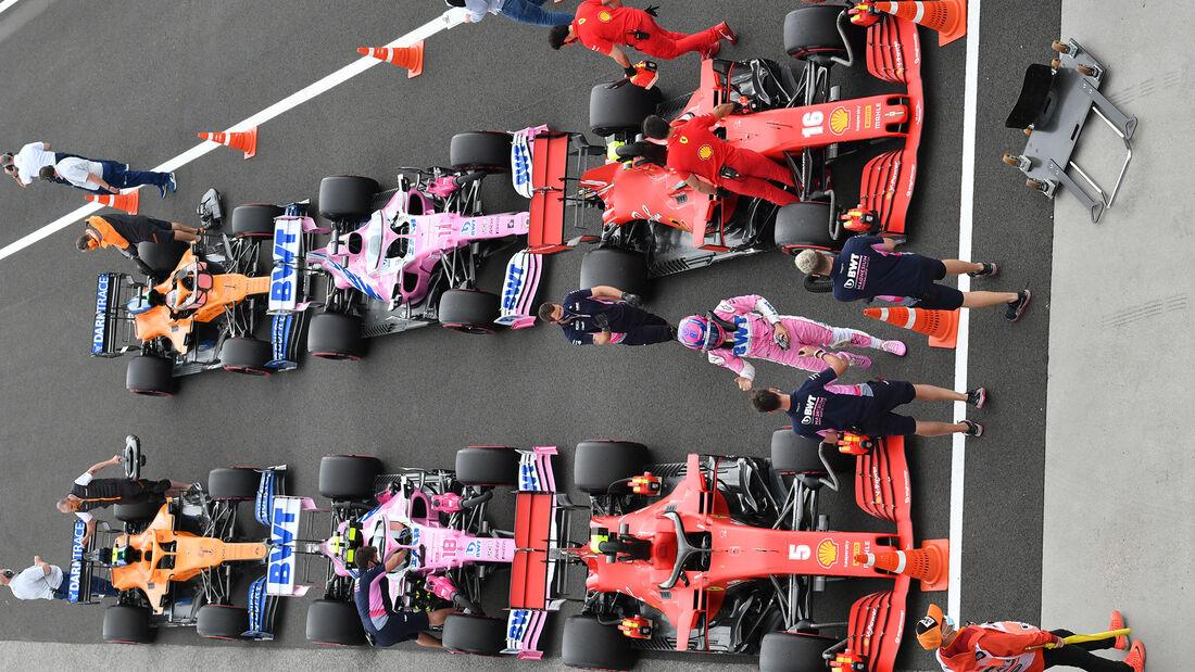 [Imagen: Parc-Ferm-Formel-1-GP-Ungarn-Budapest-18...707676.jpg]