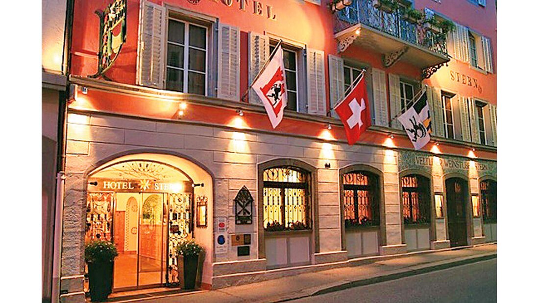Passstraßen, Hotel Stern
