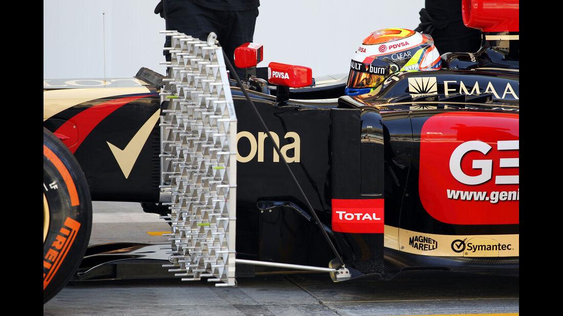 Pastor Maldonadao - Lotus - Bahrain - Formel 1 Test - 2014